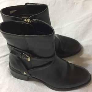 Chaps brand woman's boots s 5.5B nwot or box fall